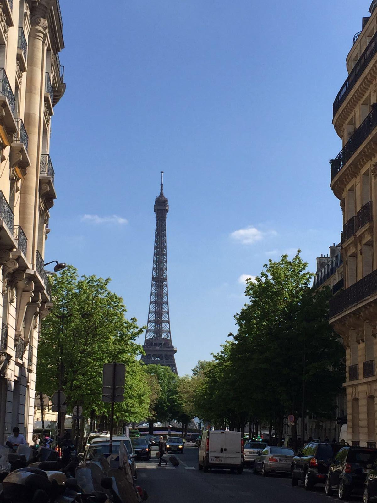 Voilà, c'est la Tour Eiffel. #Parigi #winelovers #Puglia