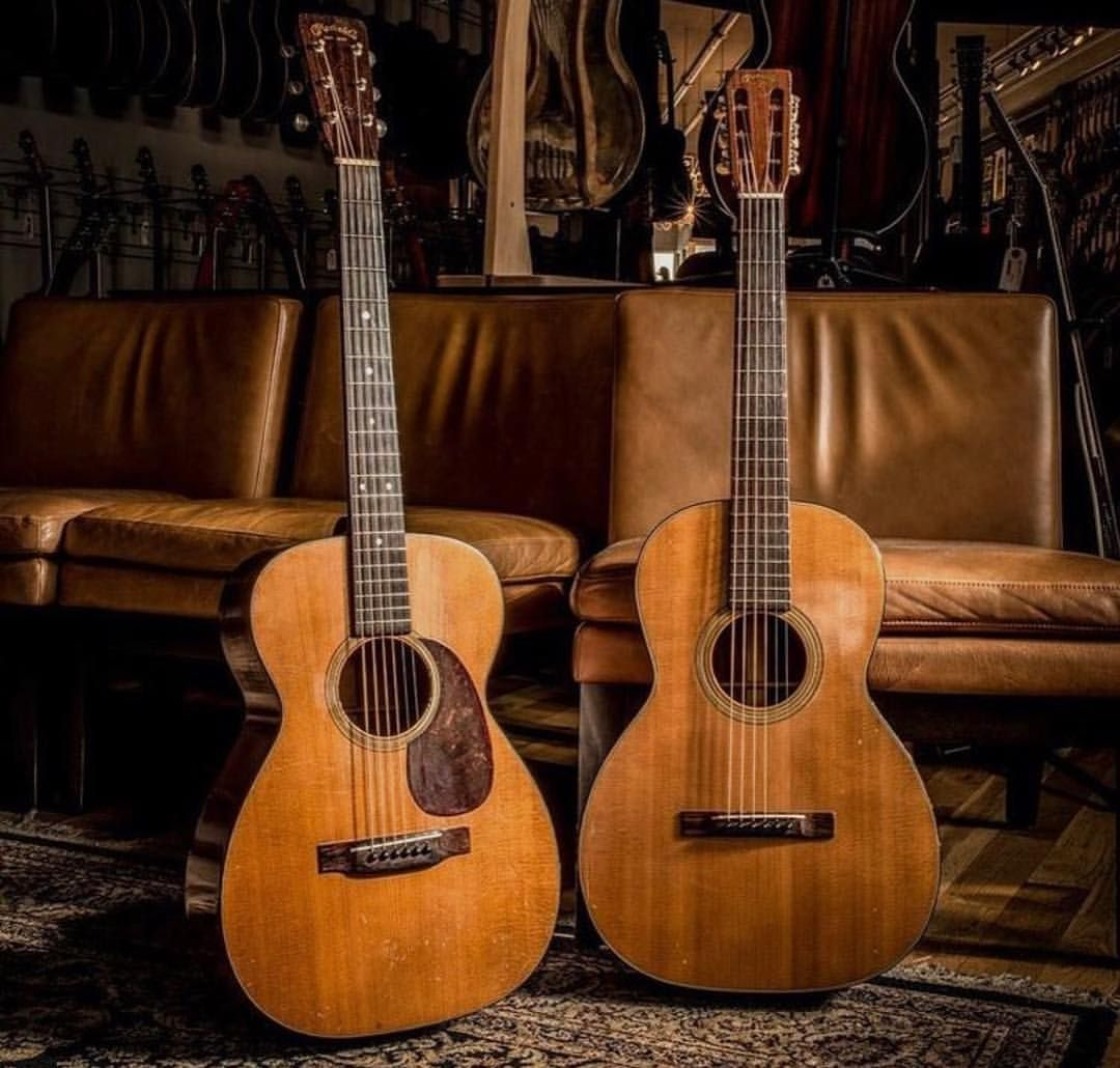 Martin Guitarさんはinstagramを利用しています Better With Age Martinguitar Martinstrings Martinpride Histor Martin Guitar Vintage Guitars Acoustic Guitar Photography
