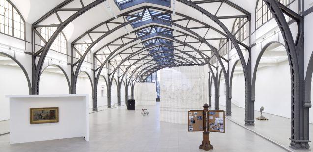 Mariana Castillo Deball, Parergon,  Installationsansicht Hamburger Bahnhof - Museum für Gegenwart - Berlin
