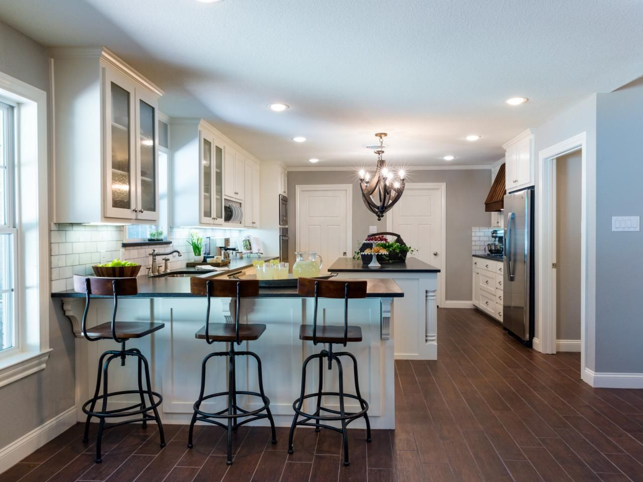 Fixer upper kitchen pendants - 1968 Fixer Upper In An Older Neighborhood Gets A Fresh Update