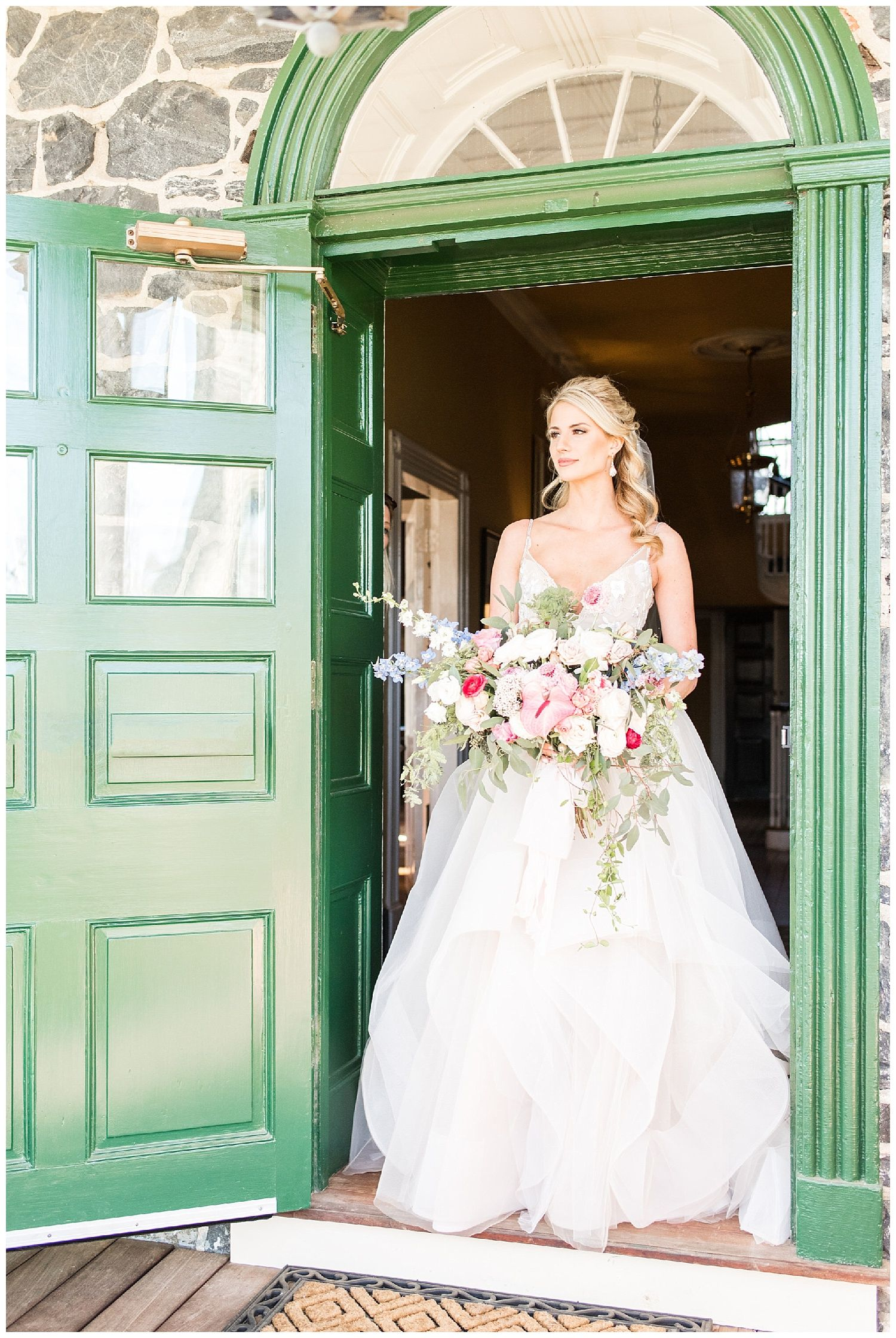 Romantic Styled Elopement At The Inn At Grace Winery Lindsay Eileen Photography Red Oak Weddings A Wedding Lifestyle Blog For Red Oak Weddings A Weddi Wedding