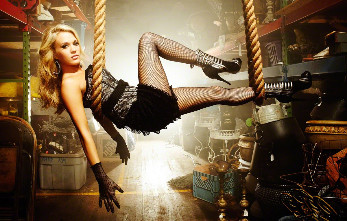 Carrie Underwood by Jeremy Cowart > http://jeremycowart.com/new-blog/wp-content/uploads/2013/08/019_Carrie_Underwood_31.jpg #cowart #photography