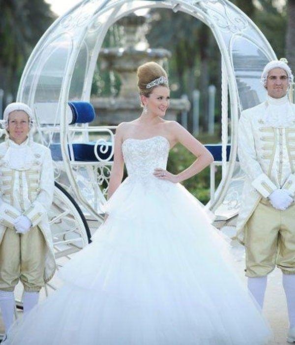 Como Cenicienta, ¡con carroza y todo! | boda disney | Pinterest