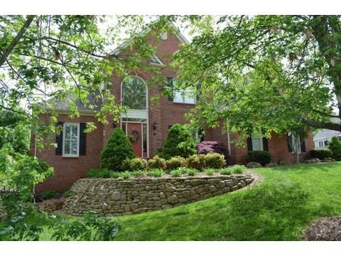 New Listing!  West Knoxville, 120 (Farragut) Sub area!