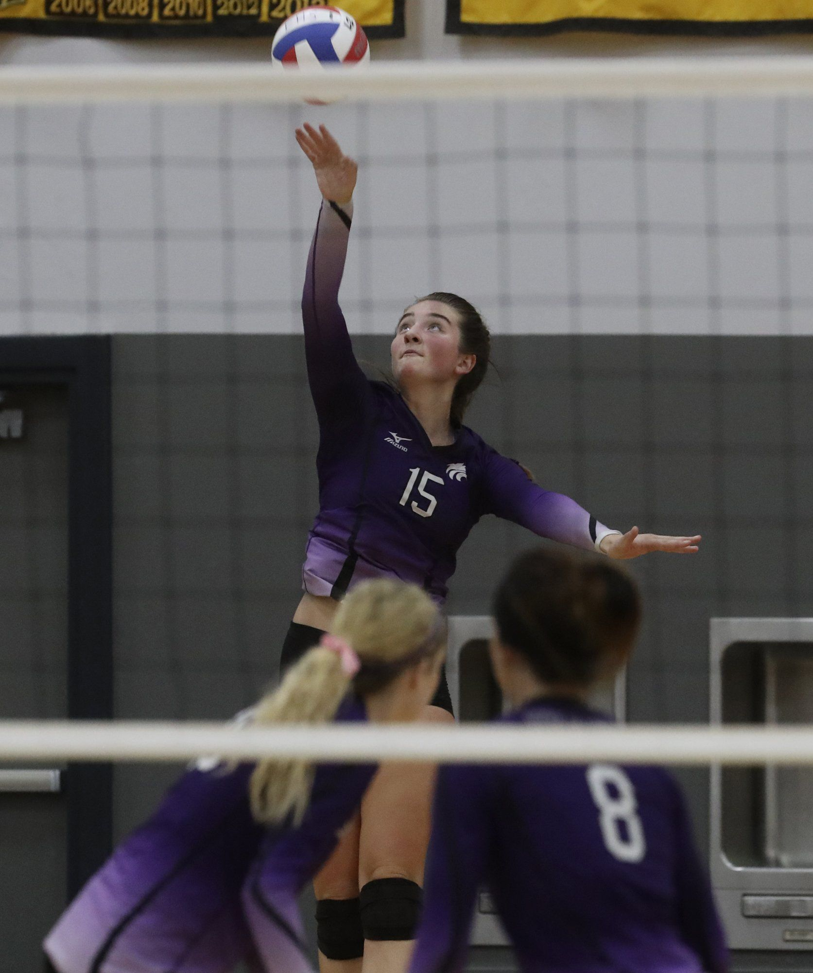 Greg Barnette Record Searchlight Shasta S Sophie Wood Serves The Ball Tuesday Night Against Enterprise Read More At The Record Sear Sports Searchlight Records