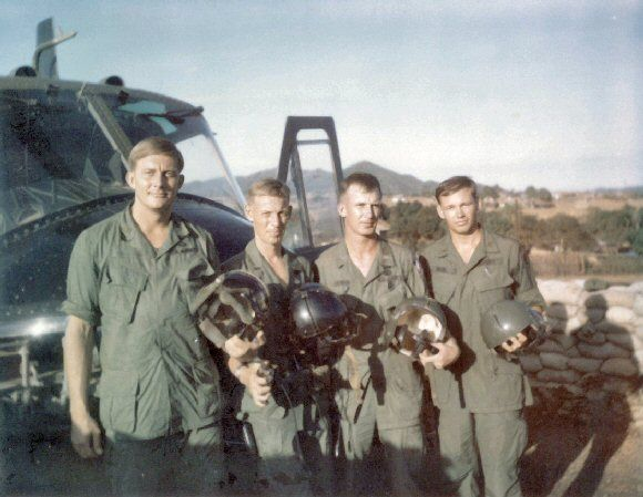 WO1 Schuster, CG NCO AIDE SFC Maness, CG Aide LT Erwin & LT Heck at  LZ English in 1968