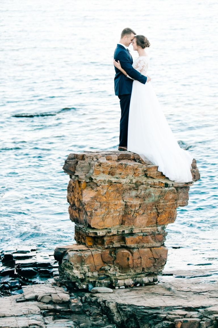 Maine Elopement + Rebekah and Bobby Maine wedding venues