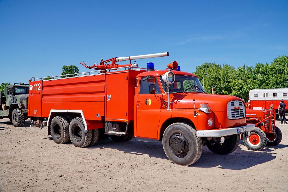 Tlf Von Tatra Mit Feuerwehrausrüstung Von Rosenbaueraustria Auf