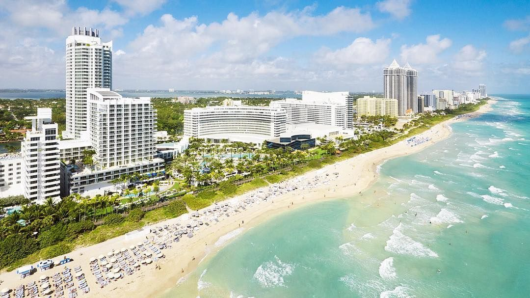 The Luxury Portfolio SUMMIT hotel room deadline has been EXTENDED ONE WEEK! The last day to book your hotel room will be this Friday February 10. You cannot book your hotel over the phone; it must be done online during the registration process. Visit http://ift.tt/2kk1qEm to register today. See you in #Miami!