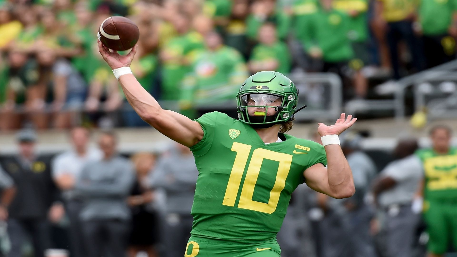 Breaking Down The Highs And Lows Of Justin Herbert National Football League News In 2020 Football League National Football League National Football