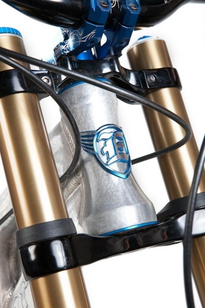 Video: Ellsworth update Dare downhill bike for 2012 | Mountain
