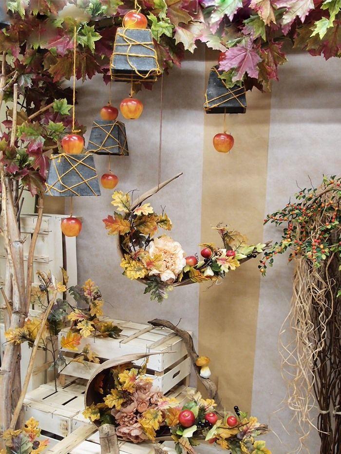 Bellissime decorazioni autunnali fai da te per vetrine for Idee per appendere foto