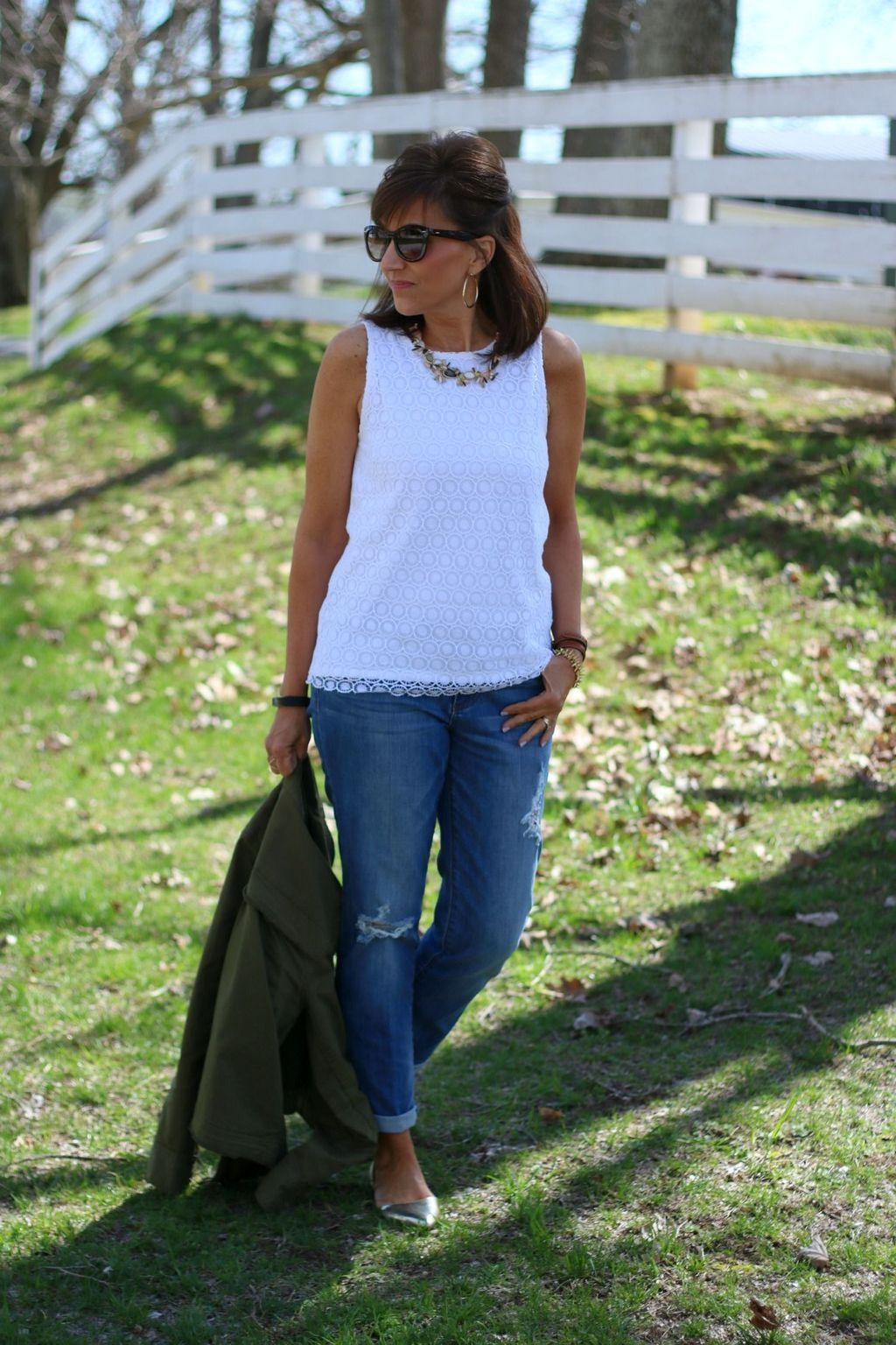 27 Elegant Summer Outfits Ideas For Women Over 27 Years Old in