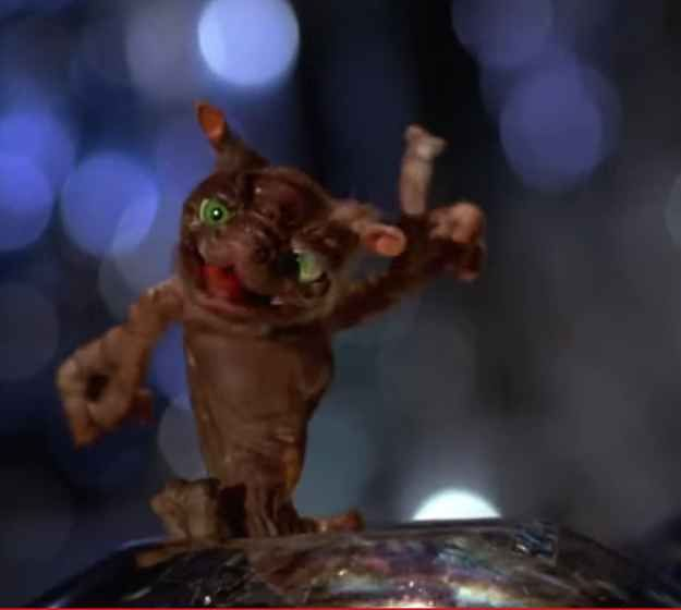 16 Dream Pets That Ruled The 80s Flight Of The Navigator Jurassic Park Movie Old Movies
