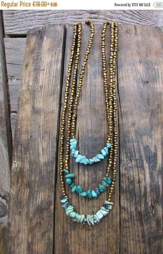 Photo of Boho lange Halskette, türkisfarbene Chips und goldene Bronzeperlen, böhmischer Strandschmuck für Zigeuner, …