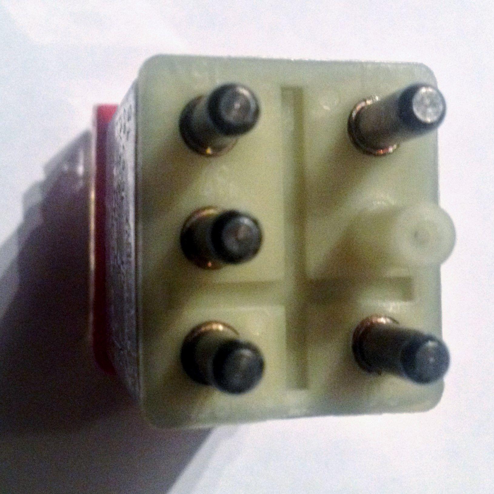 new mercedes benz w107 unit control module fuse box with fuse [ 1630 x 1630 Pixel ]