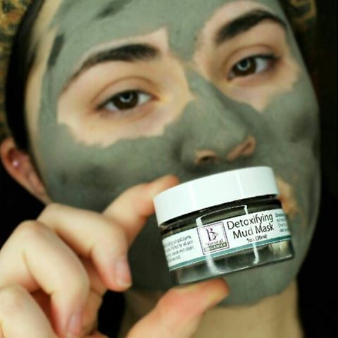 """Giving my skin a break from makeup today, and giving it some TLC using this @benaturalorganics Detoxifying Mud Mask! This mask contains Dead Sea Mud and is completely organic ! I love how this makes my skin feel, it dries super tight on my face and when I wash it off my skin looks and feels smoother. I've also noticed that I have less black heads on my nose!"" - @karadeangelisxoxo"