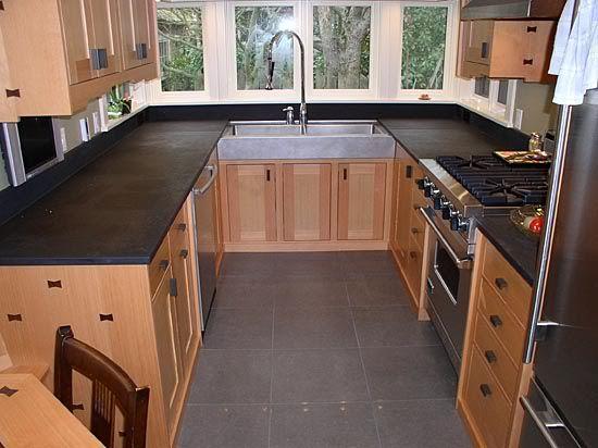 Best Kithens With Mediun Cabnets And Dark Floors Dark Tile 400 x 300