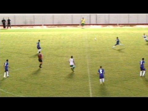 GOLAÇO! Gessé do Atlético Acreano faz gol antes do meio-campo contra o Andira  este gol ficou fora das indicações da FIFA 2014 PORQUE?