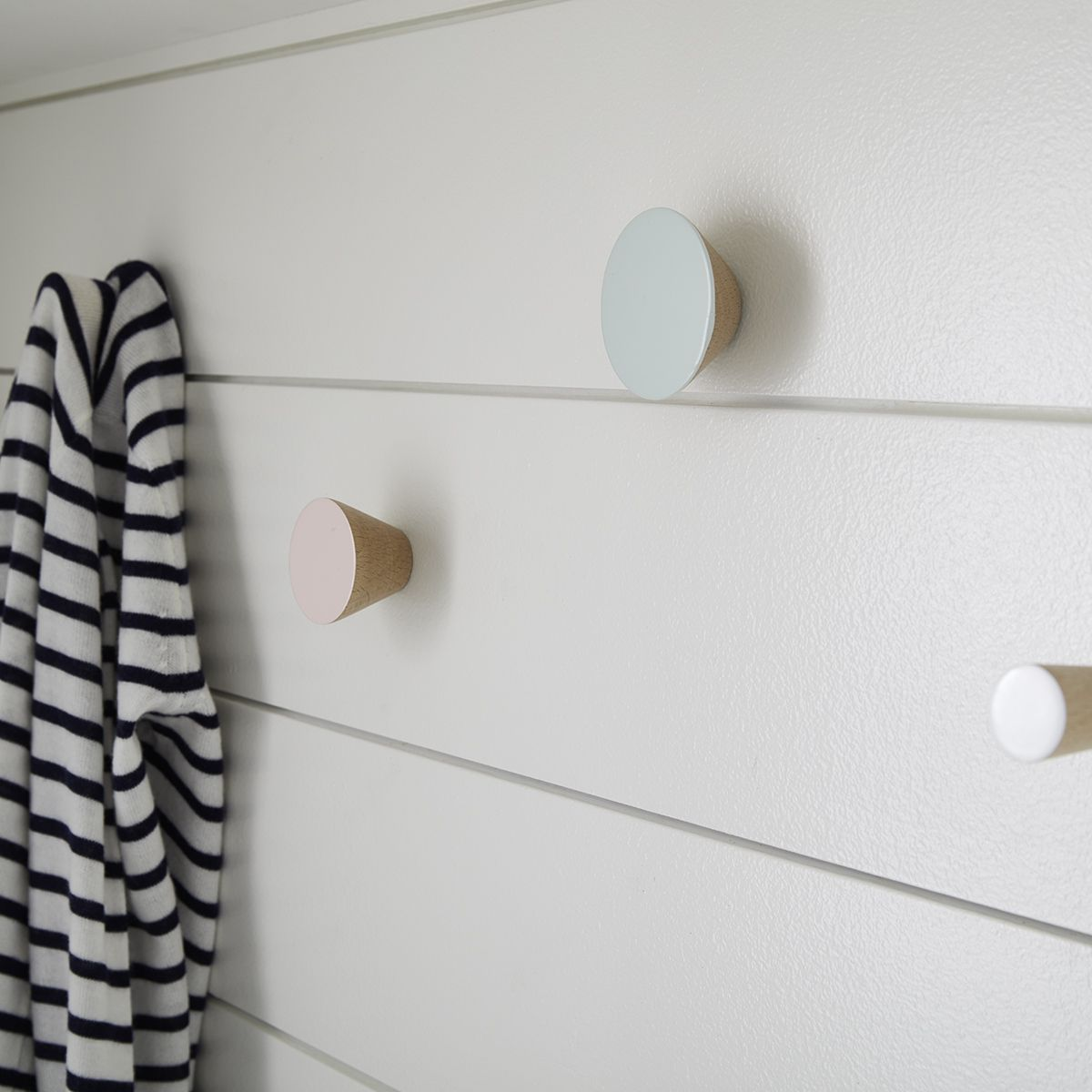 Stylish Entryway Wall Storage Hooks With Images Storage Hooks Decorative Hooks Coat And Hat Rack