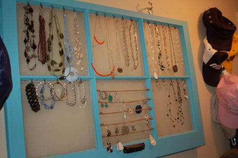 No more tangled necklaces Jewellery organization Organizations