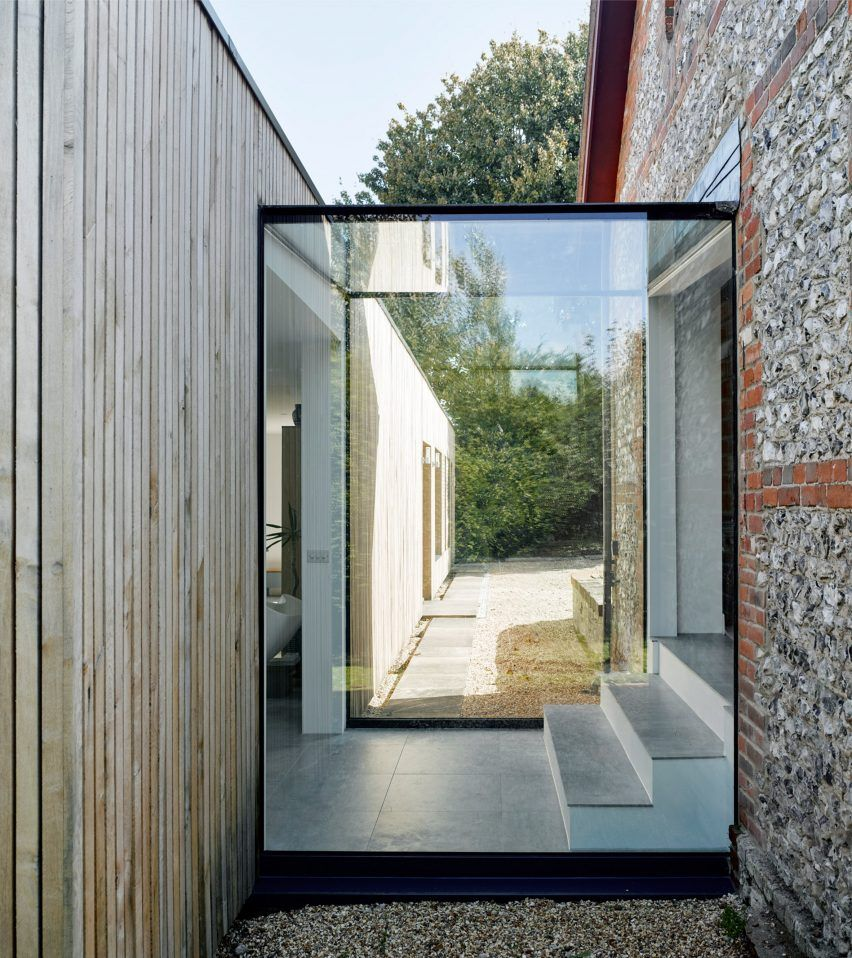 Adam knibb adds modern extension to hampshire barn conversion hurdles house exteriors and houses - Connection between lifestyle home design ...
