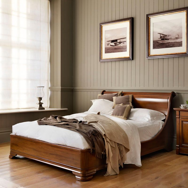 Best Manoir Socle Hand Carved Luxury Wooden Sleigh Bed 400 x 300