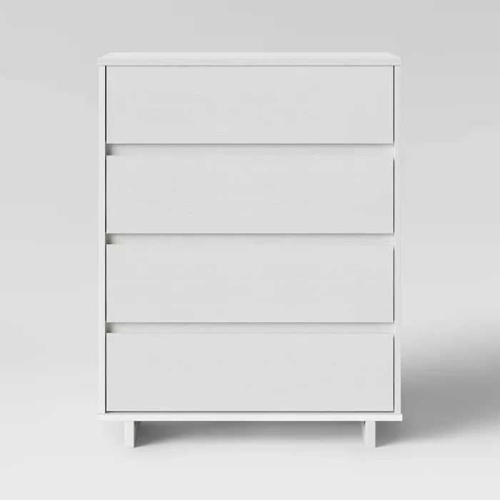 Modern 4 Drawer Dresser Room Essentials In 2020 White Room Decor Room Essentials 4 Drawer Dresser