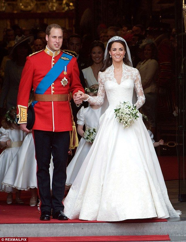 David Emanuel On The Gown Pippa Middleton Should Pick For Her Big Day Kate Middleton Wedding Dress Royal Wedding Dress Kate Middleton Wedding
