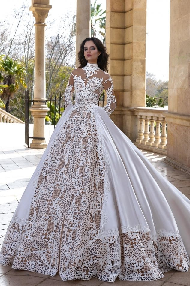 244cc20da Alikant Wedding Dress Crystal design