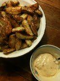 Alle kan lave sprøde kartoffel både, her er det dippen som gør den store forskel, og den er god og nem at lave. Mange når de får den herh...