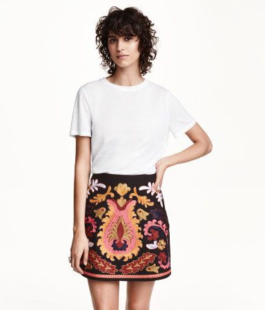 songofstyle-hm-embroideredskirt