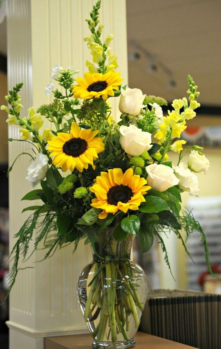 13 Popular Flower Arrangements Collections Ideas Flowers Flowergarden Flowerpa Fresh Flowers Arrangements Flower Arrangements Simple Sunflower Arrangements