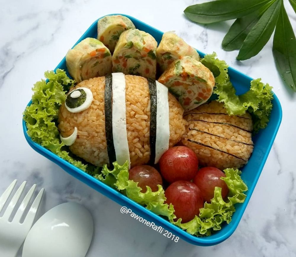 Bekal Makan Siang Berbagai Sumber Makanan Makan Siang Makanan Dan Minuman
