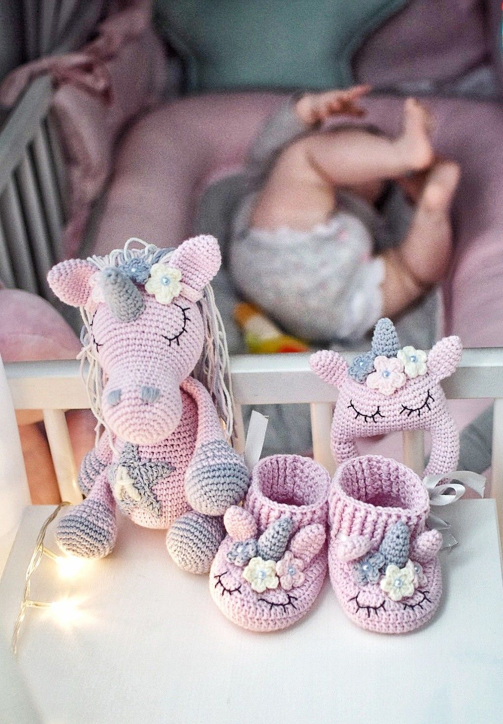 Pink unicorn set