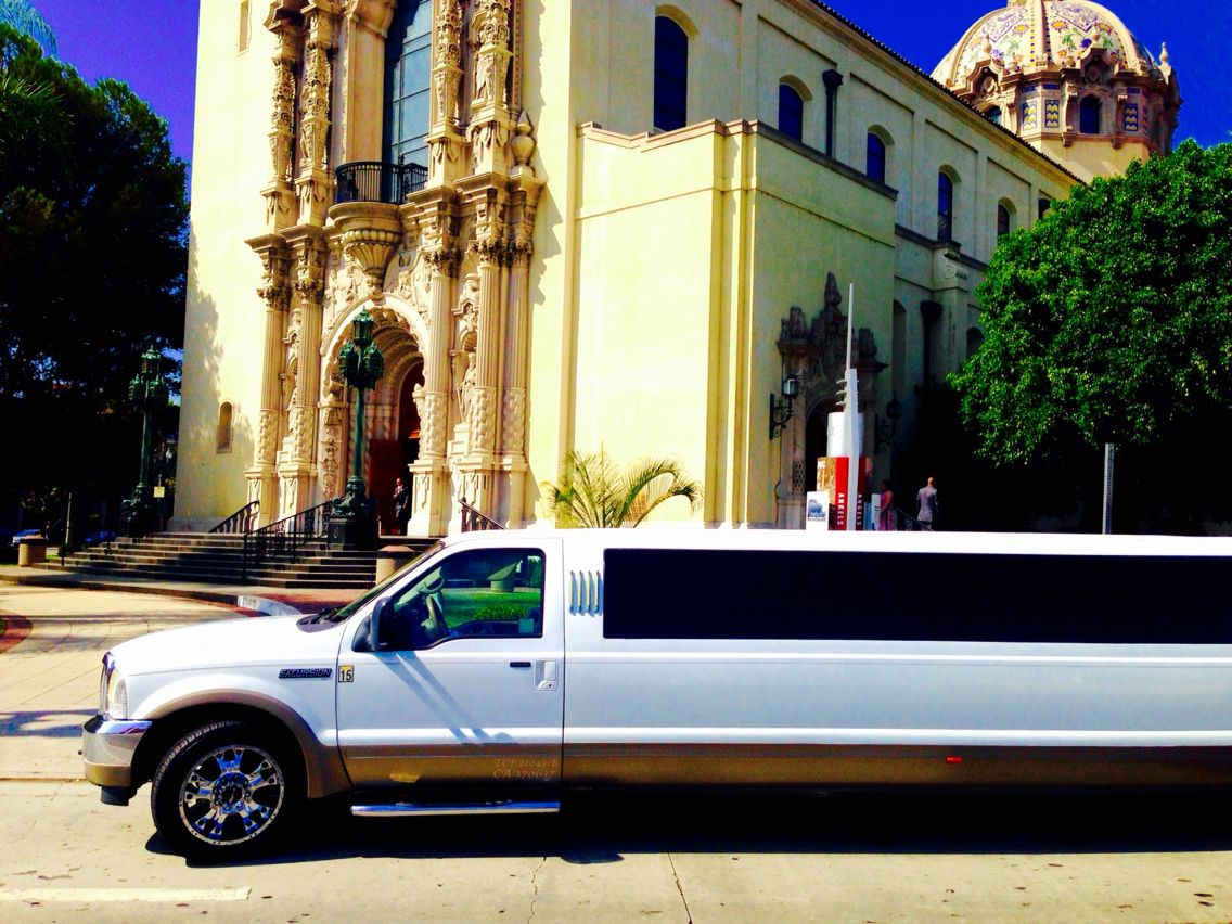 Quinceanera limo service deals in Los Angeles, call