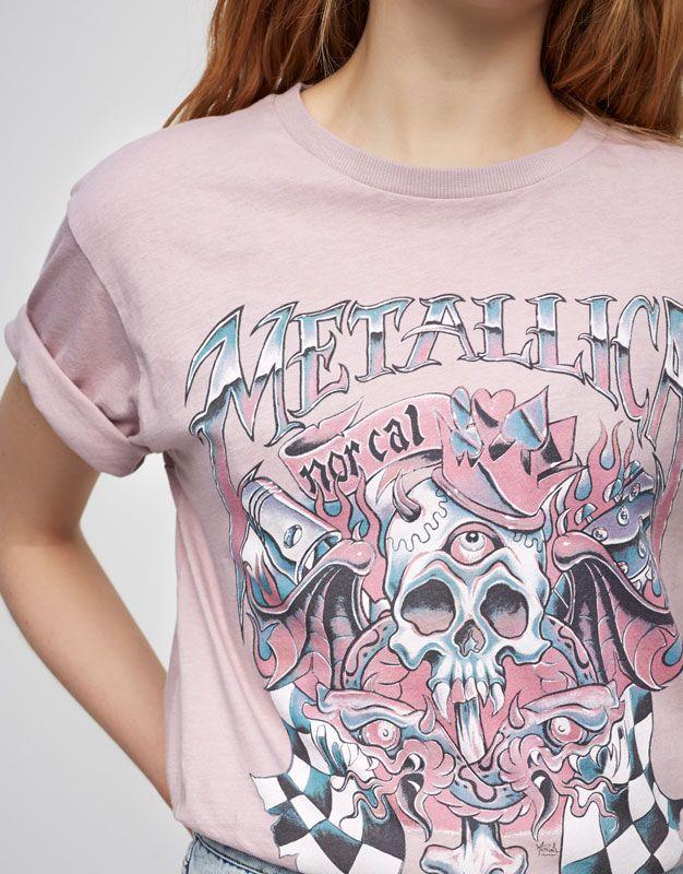 Camiseta Metallica - Camisetas - Ropa - Mujer - PULL BEAR Guatemala ... f24956af2bc3b