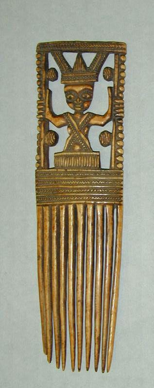 Africa   Comb from the Owo-Yoruba people of  Nigeria (Benin Kingdom)   Ivory   19th century