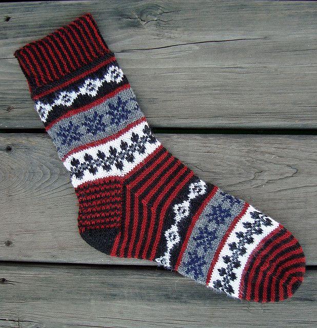 Ravelry: Isla Buena Socks pattern by Terry Morris