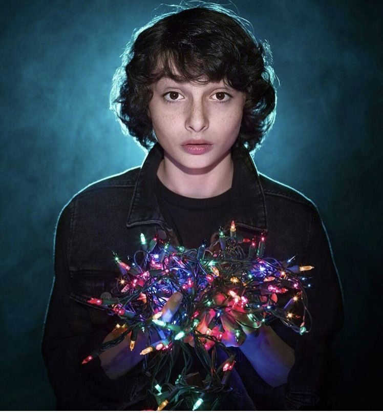 Pin By Gothgirlsinner On Stranger Things Stranger Things Mike Finn Stranger Things Cast Stranger Things