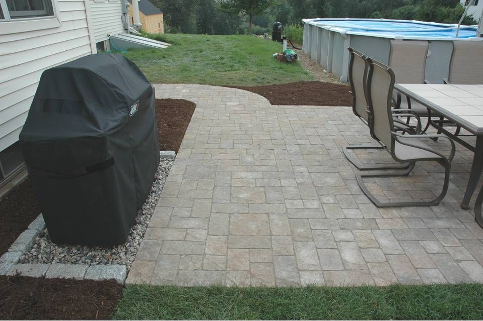 gravel area for housing the grill | Patio, Backyard patio ... on Patio Grilling Area id=25137