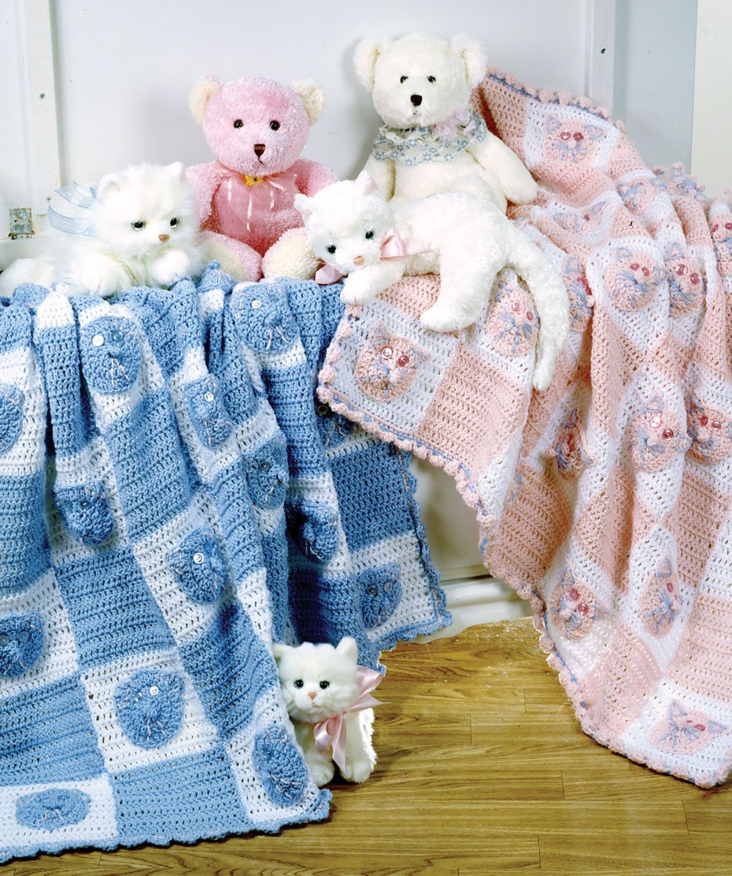 Kitties and bears free crochet patterns on red heart crochet kitties and bears blanket by michelle thomson free crochet pattern redheart bankloansurffo Images