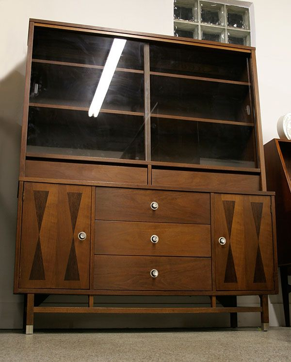 mid century modern dining room hutch. Stanley Furniture Mid Century Modern China Hutch Buffet  CabinetsDining Room Back to