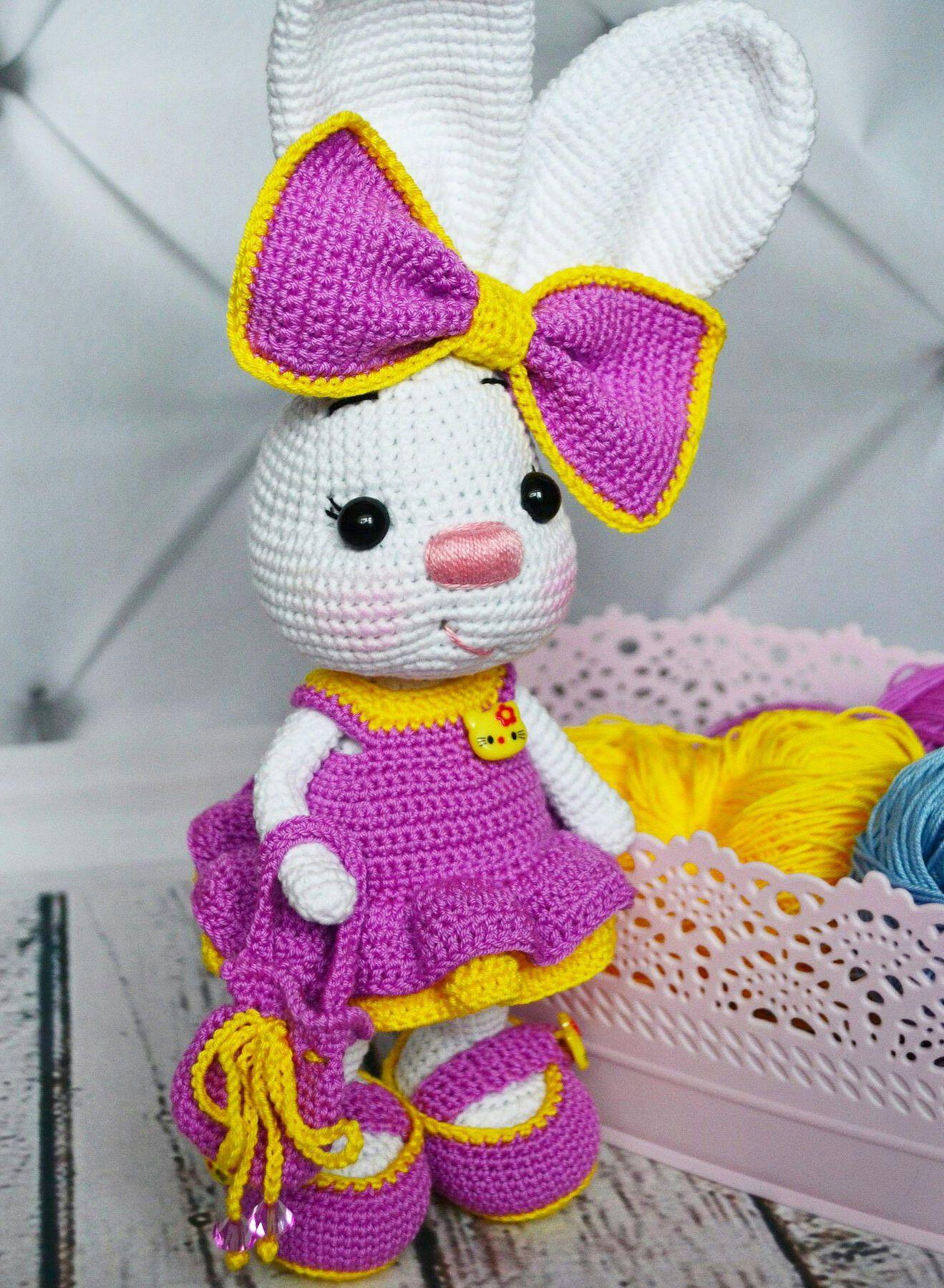 Pretty Bunny amigurumi in pink dress - Amigurumi Today | 1800x1319