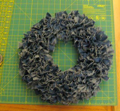 Photo of awesome rag wreath tutorial  afishwholikesflow…