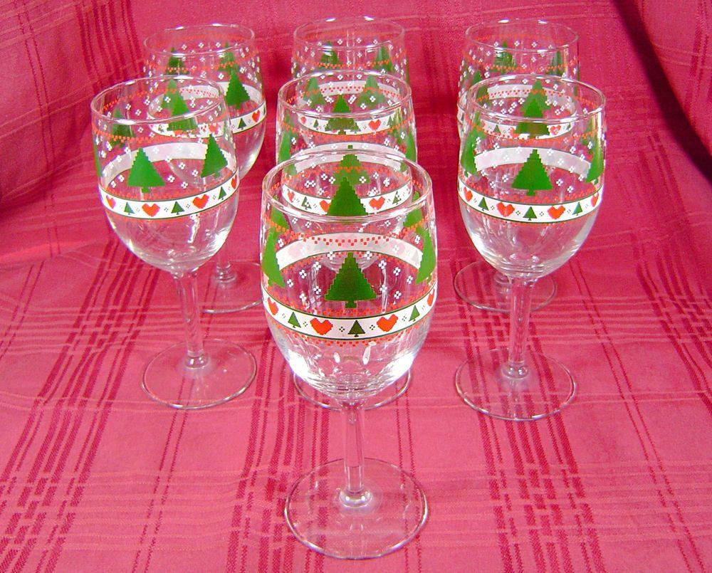 Set of 7 Vintage Christmas Tree Heart Wine Glasses Stemwear 8 Ounce ...