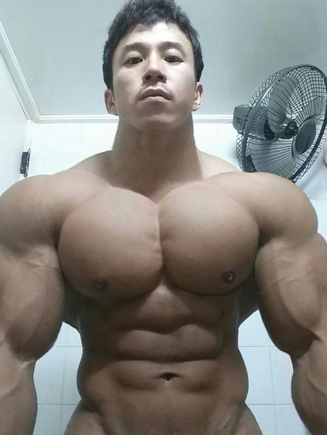 Morph muscle huge
