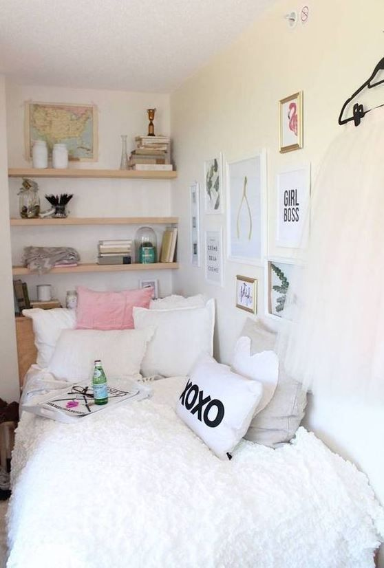 surprising Cute Room Ideas For Small Rooms Part - 1: This white dorm bedding creates such a cute dorm room!