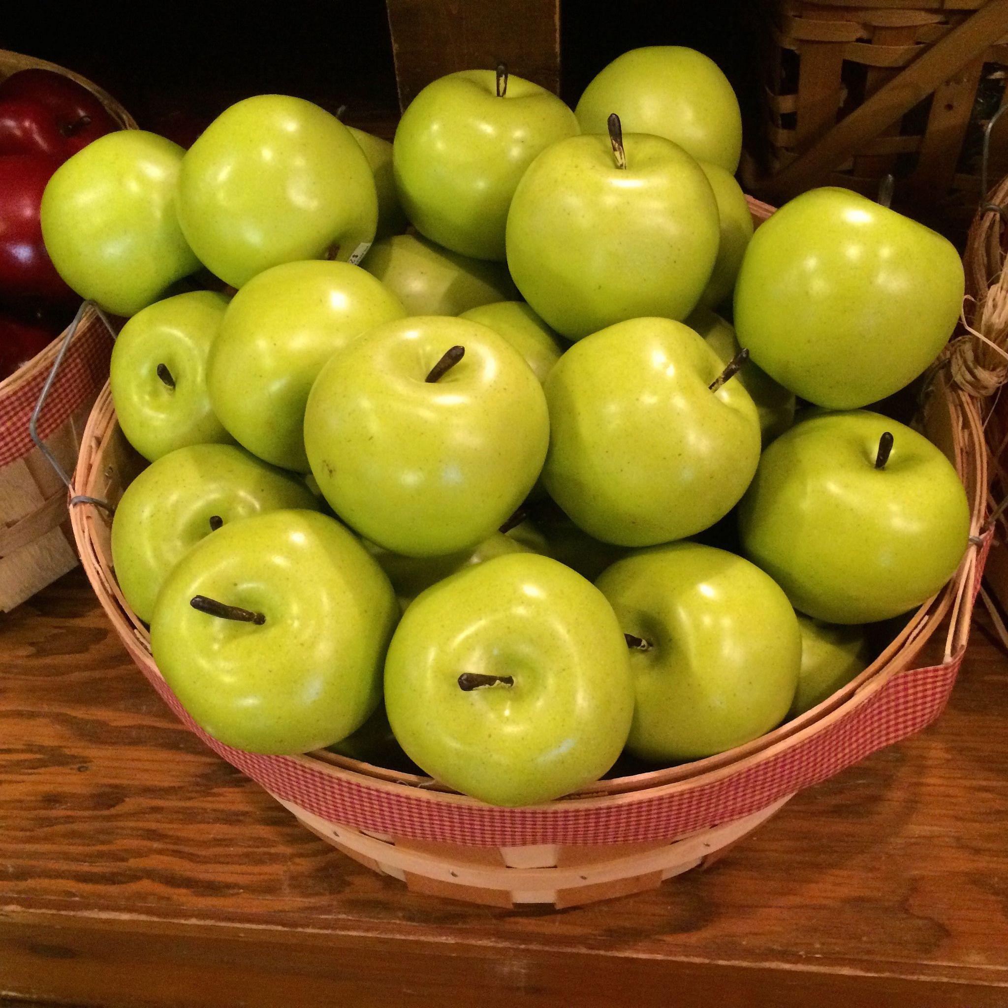 2014 September 30 Apple Barn Cell   Apple barn, Apple, My ...