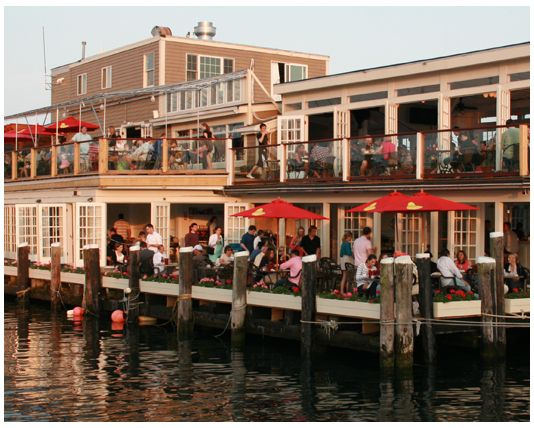 Newport Ri Dining The Landing Restaurant And Bar Waterfront Dining